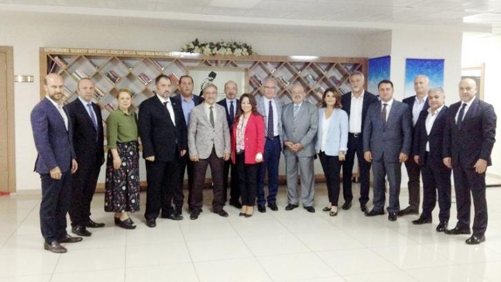 Kent Konseyine CHP'den hayırlı olsun ziyareti