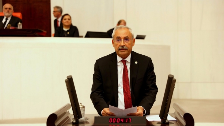 """ASGARİ ÜCRET VERGİDEN MUAF TUTULMALI"""