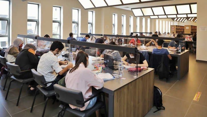 Kütüphanelere, öğrencilerden yoğun ilgi
