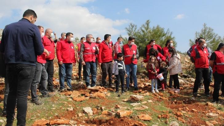 Suriye'de şehit olan Kızılay görevlisi anısına hatıra ormanı kuruldu