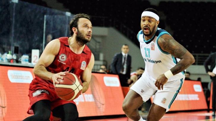 Empera Halı Gaziantep Basketbol varlık gösteremedi