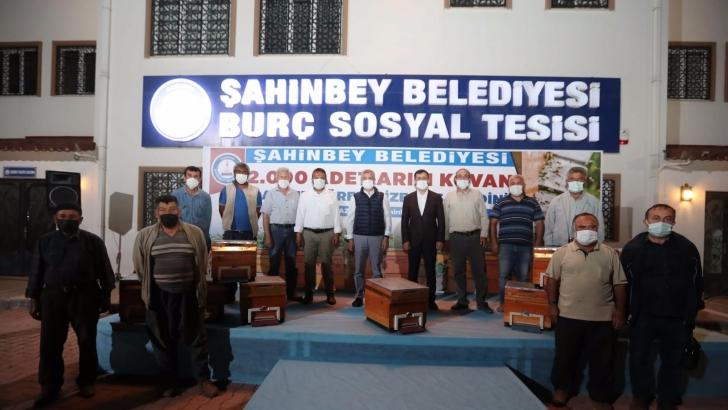Şahinbey Belediyesi arı kovanı dağıttı